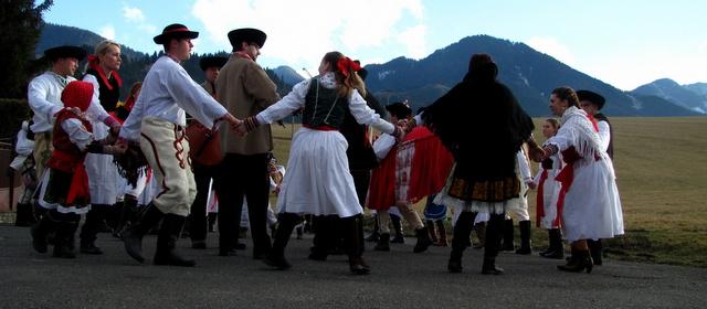 Fašiangy Carnival in Ploštíne 2014